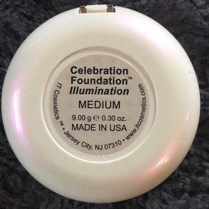 NEW IT Cosmetics Celebration Foundation Illuminat